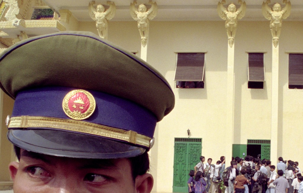 Jeff-Widener, tiananmen-square-massacre, tiananmen-square, tank-man, photography, photojournalist, Bejing, China