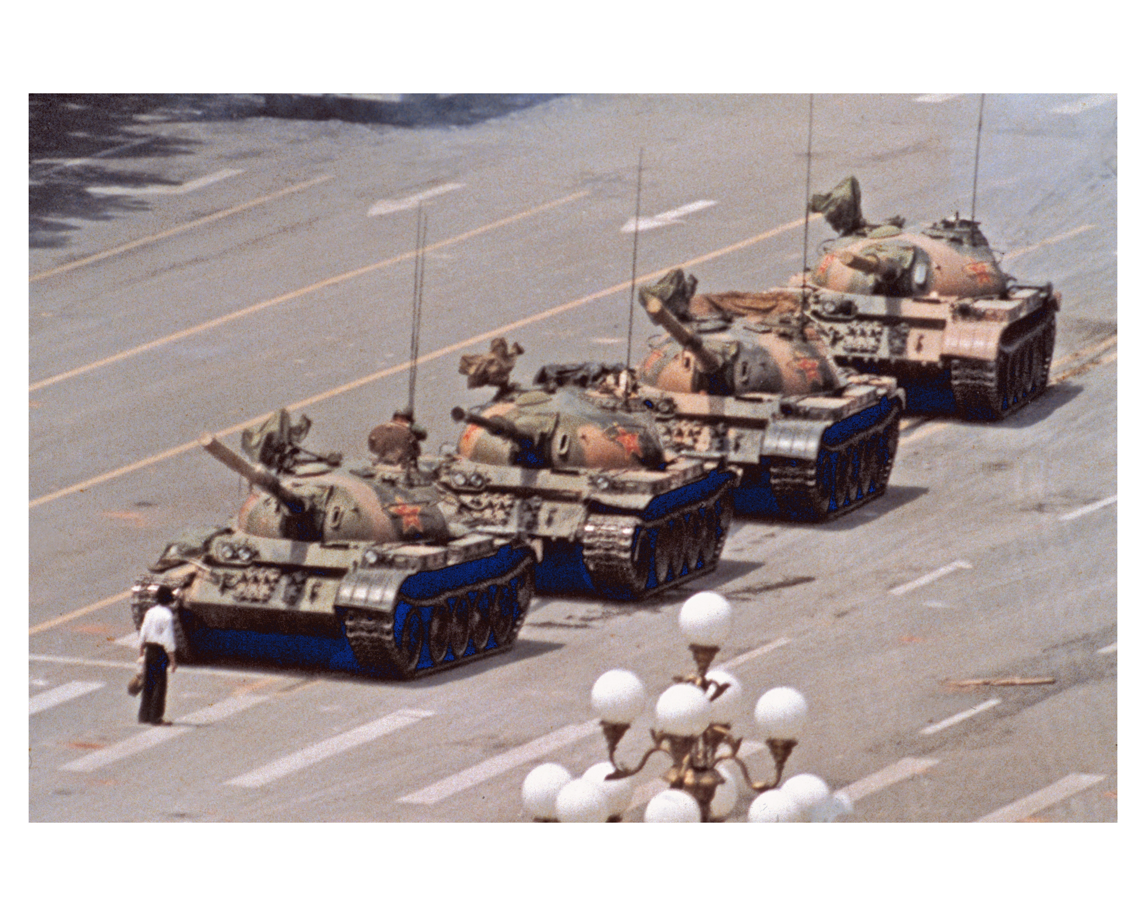 Jeff-Widener, tiananmen-square-massacre, tiananmen-square, tank-man, photography, photojournalist, Bejing, China