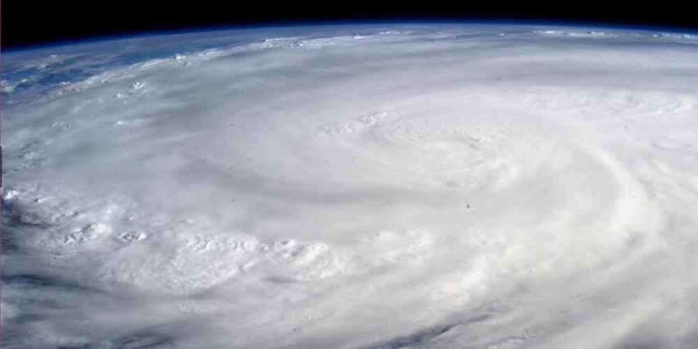 typhoon, Haiyan, Aaron-Favila, Red-Cross, Disaster-Relief, photo