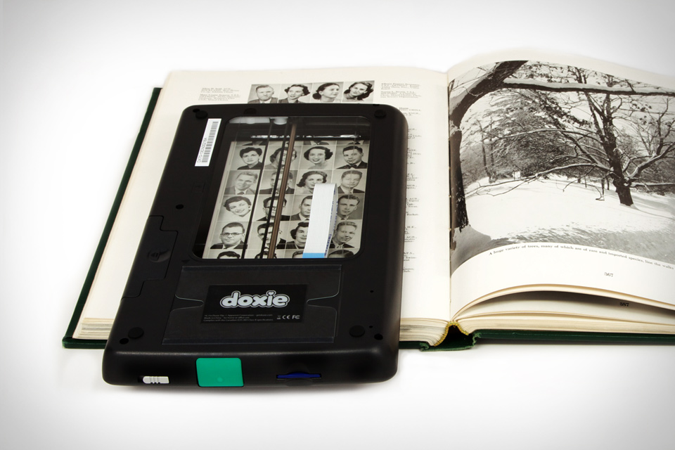 holiday, christmas, gifts, ideas, presents, photography, doxie-flip-scanner