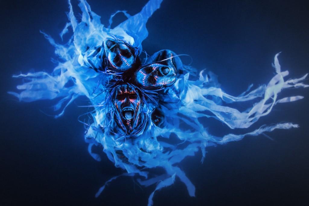 benjamin-von-wong, conceptual-photography, pyrotechnics, fantasy-photography, behind-the-scenes, adobe
