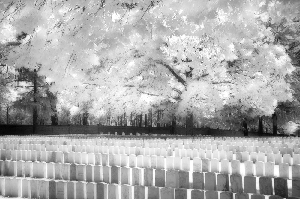 Russell-Grace, Angela-Kullmann, infrared, photography, black-and-white, artist