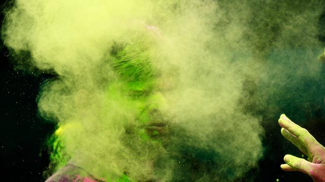 © Rafiq Maqbool/Associated Press, holi-celebrations, 2014, India, Photogrpahy, festival-of-colors