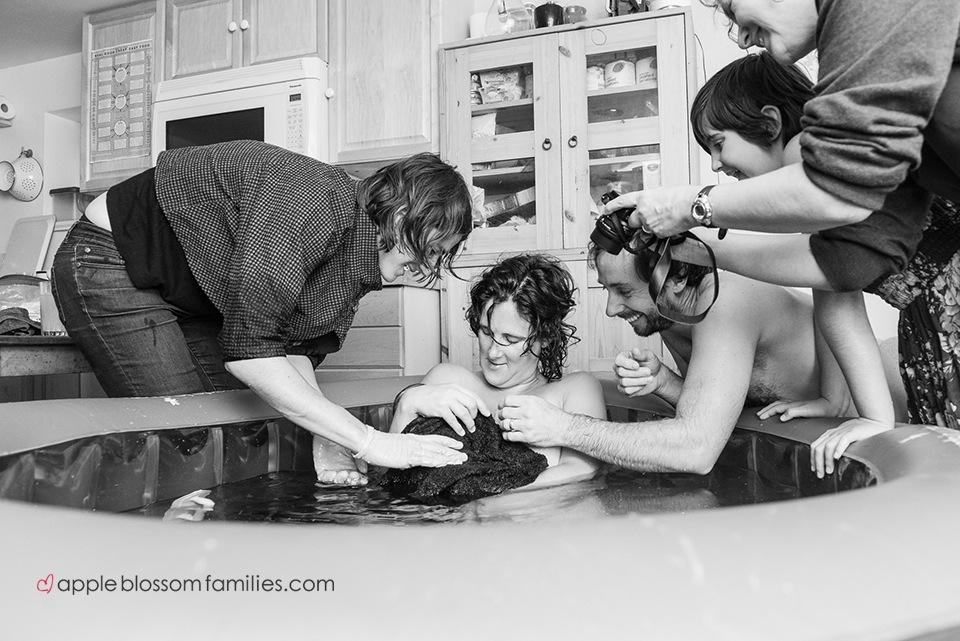 Apple-Blossom-Families, Morag-Hastings, doula, birth-photographer