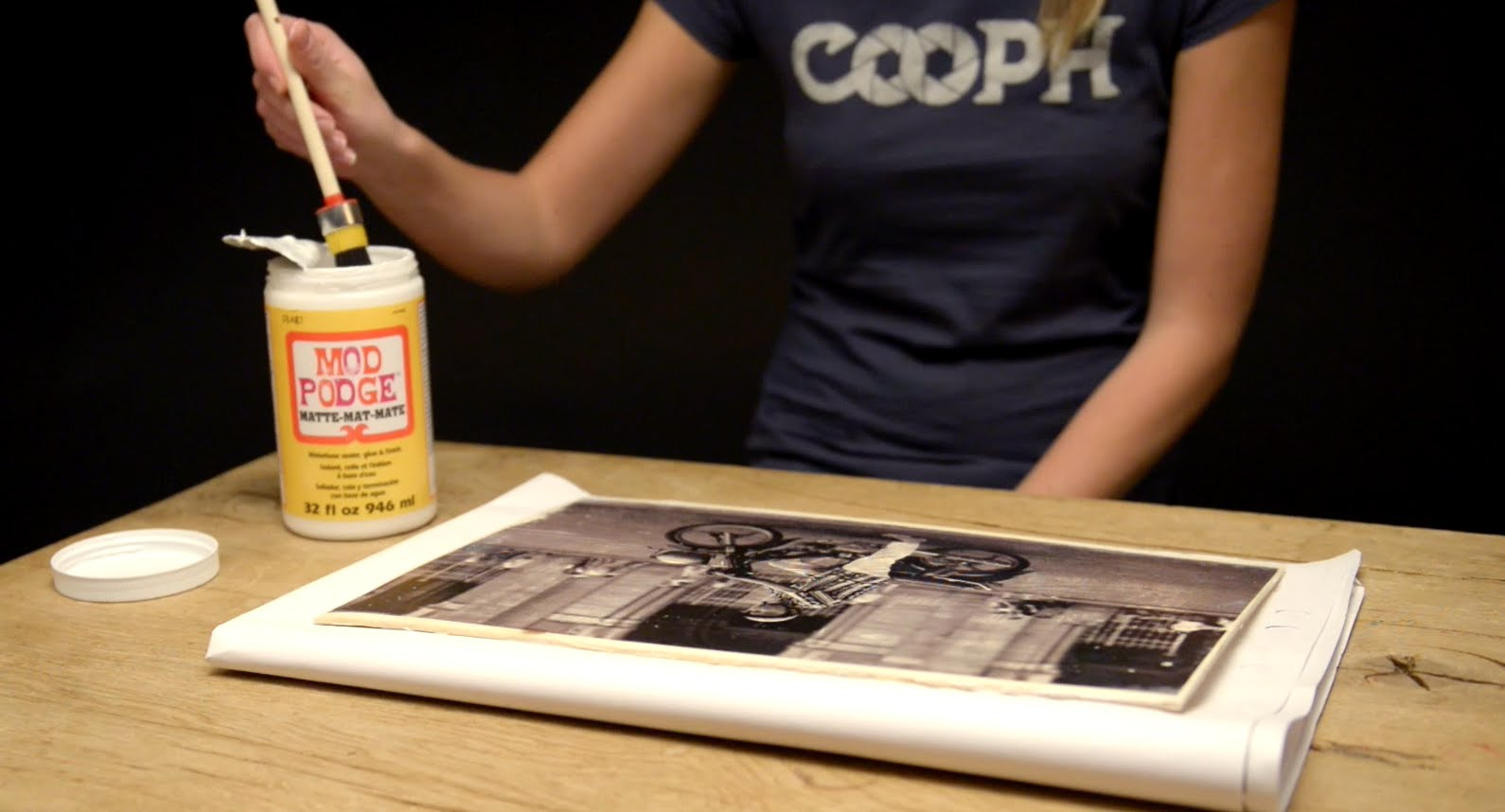 Best Last Minute Wedding Gifts: 6 DIY Photography Gifts That Cost Next-to-Nothing