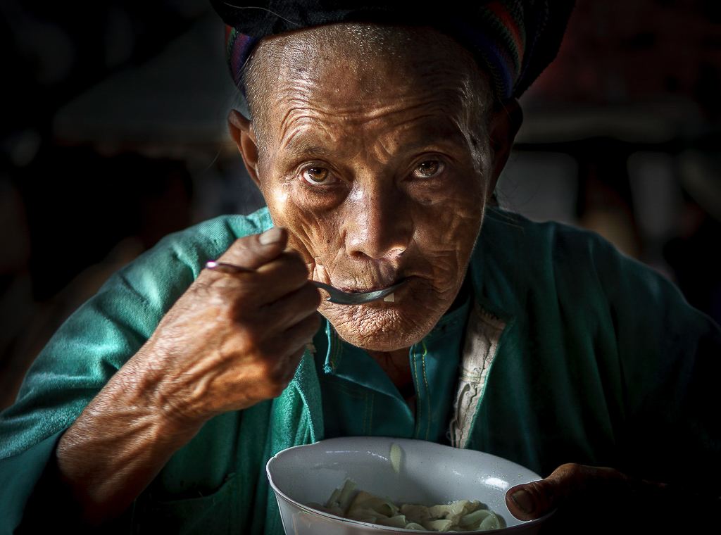 8. eating old woman spoon