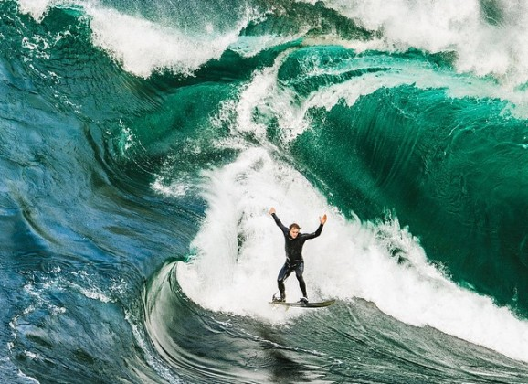 Stu Gibson's Drone Footage of Ocean Landscapes are Simply Jaw-Dropping
