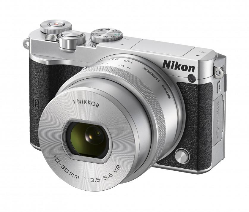Nikon 1 J5 Front-Side