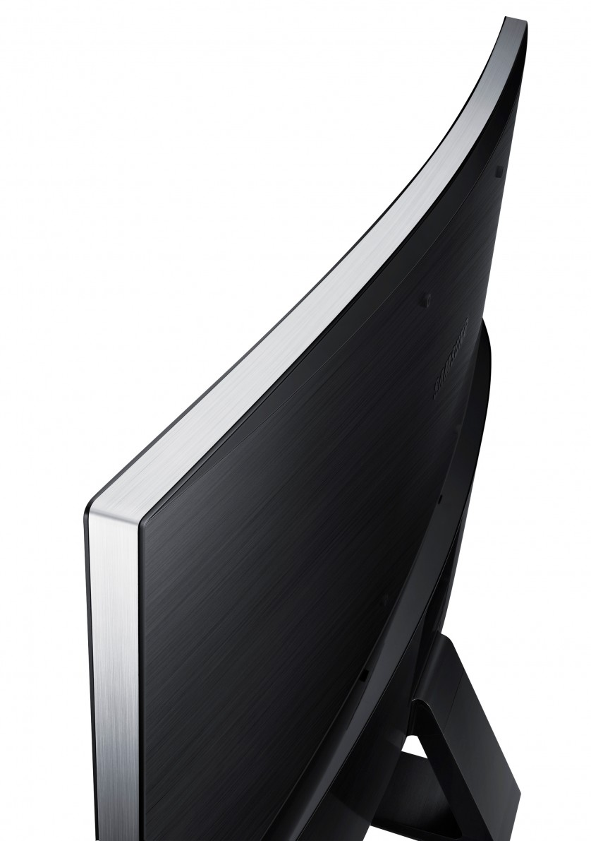 SE590C(32)_010_Back-Detail_Black