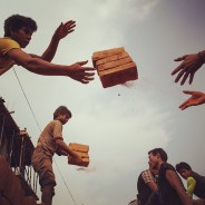 Photographers Uses Instagram to Raise Awareness for Nepal Quake Survivors