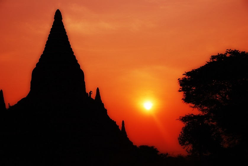 Sea of temples in Bagan,Myanmar © Marky Ramone Go / nomadicexperiences.com
