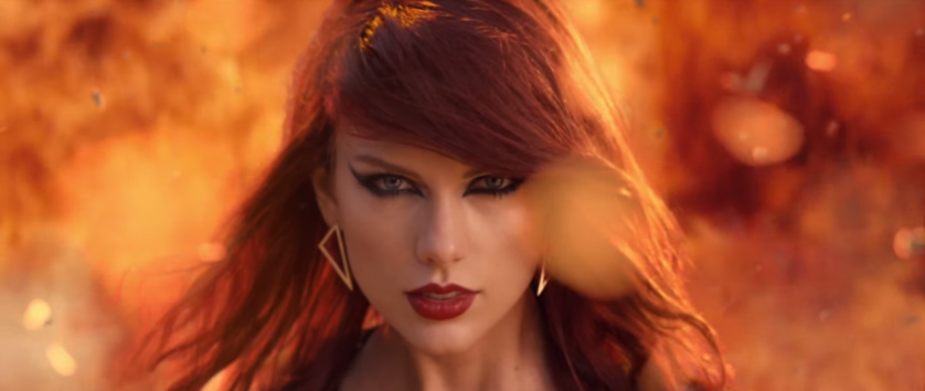 Is Taylor Swift's Dad Behind Her Unfair Contract for Photographers?