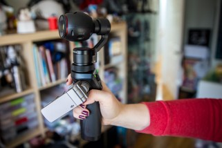Hands-On With the DJI Osmo Stabilized Camera