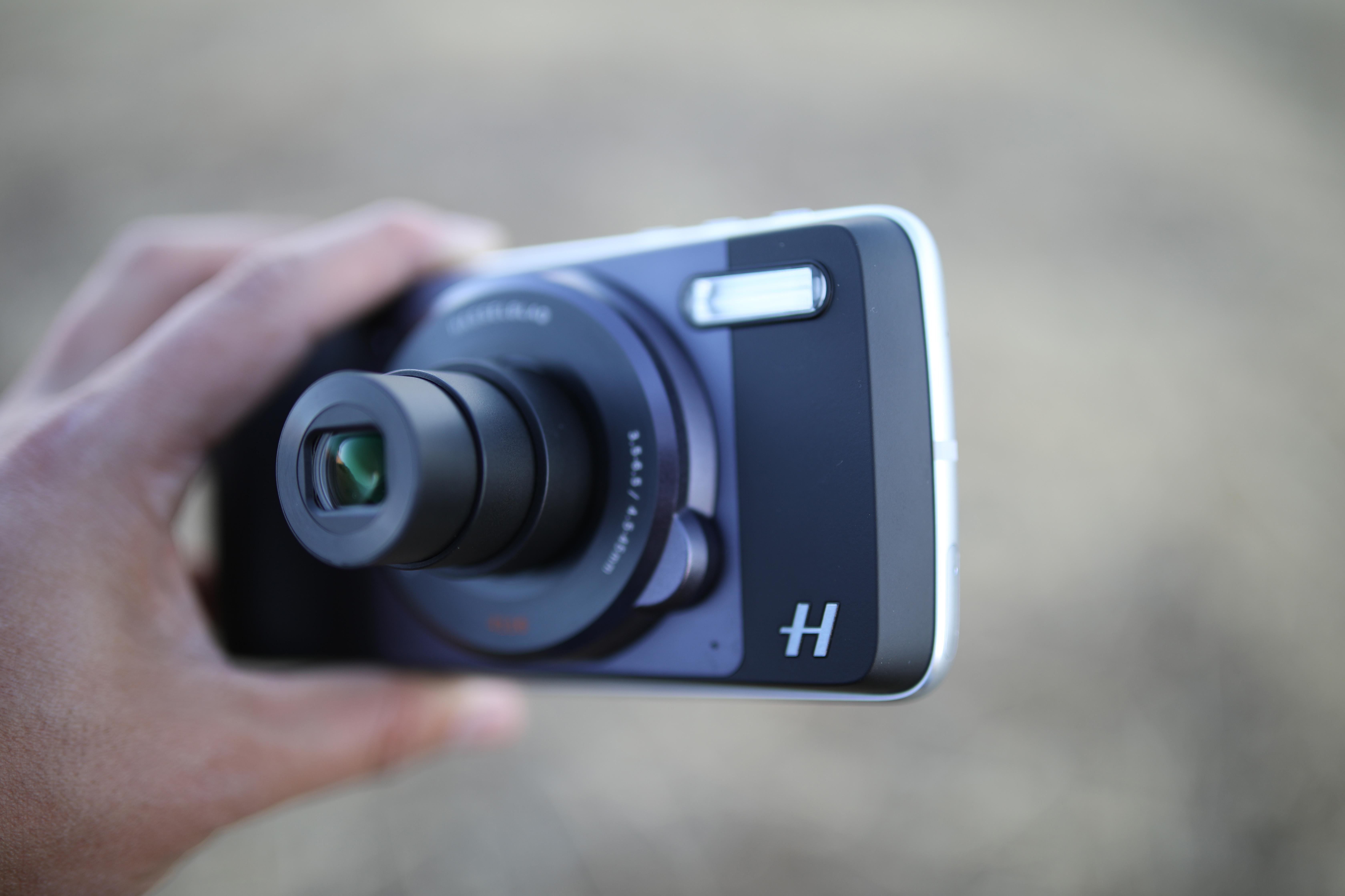 Hasselblad True Zoom motomod Motorola Review