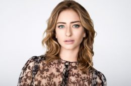 female-influencers-whitney-wolfe