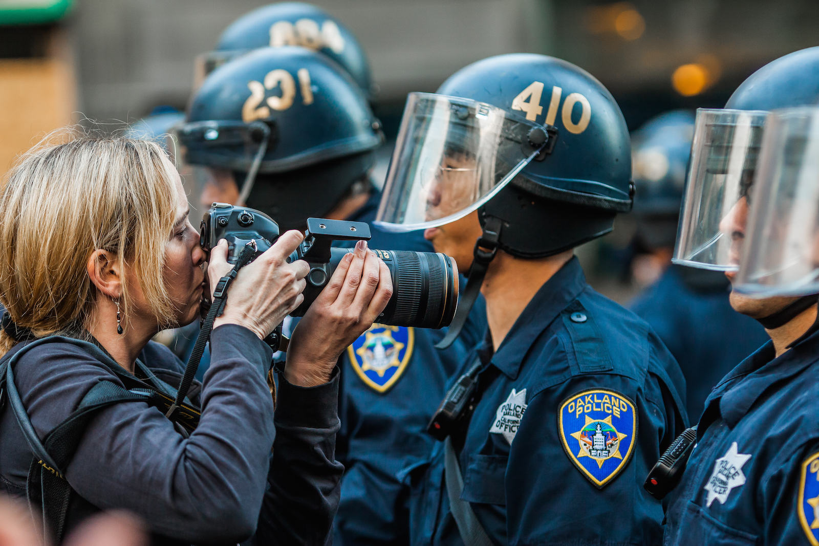 photographer-arrest-police-target