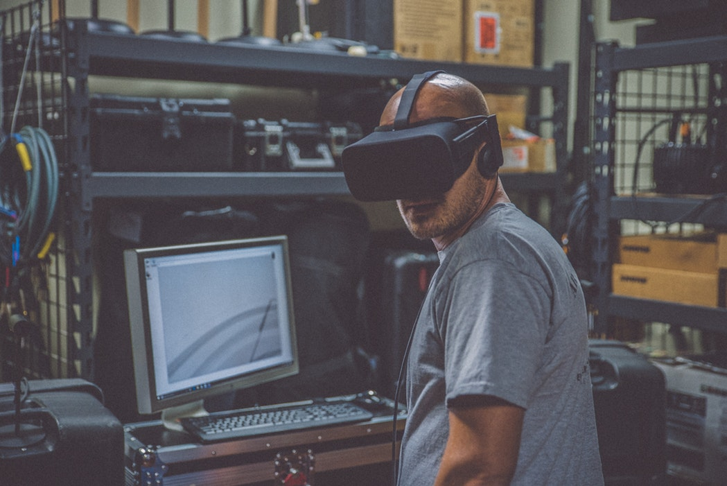 The Negative Side Effects Of Virtual Reality - Resource