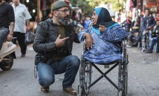 Photographer Reunites With Subject 33 Years After Taking Her Photo In War-Torn Beirut