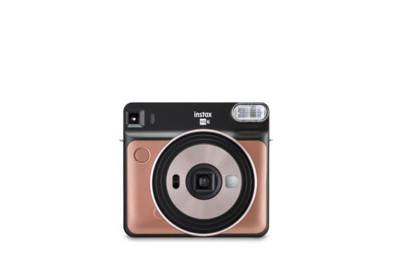 FujiFilm Announces Square Analog Instax SQ6