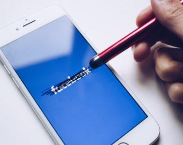 facebook, crossing out, erasing